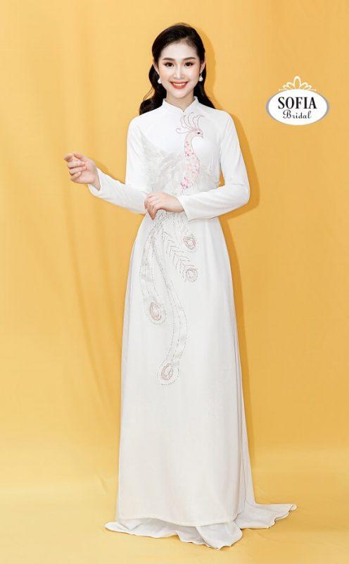 Áo dài Sofia Bridal Phong cách hiện đại sang trọng.
