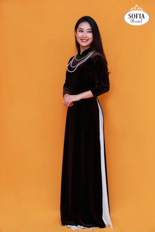 mẫu áo dài đẹp chất liệu nhung dành cho quý bà