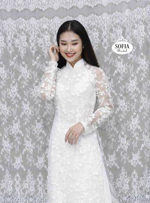 áo dài cách tân hiện đại, trẻ trung đang gây sốt tại Hà Nội