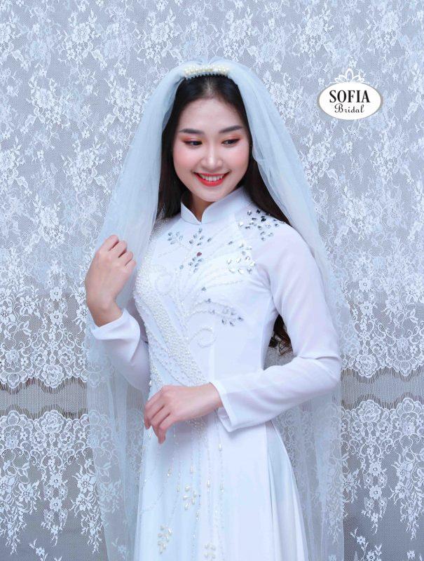 Vải may áo dài SOFIA BRIDAL là thương hiệu chuyên về áo dài cung cấp vải thời trang áo dài là mang đậm bản sắc văn hoá Việt Nam hotline 0936343596.