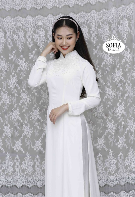 Áo dài đẹp Phong cách nhẹ nhàng thanh lịch