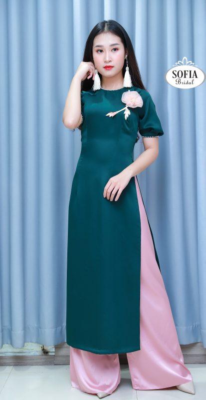 Áo dài cách tân tay lỡ với sắc xanh Niagra