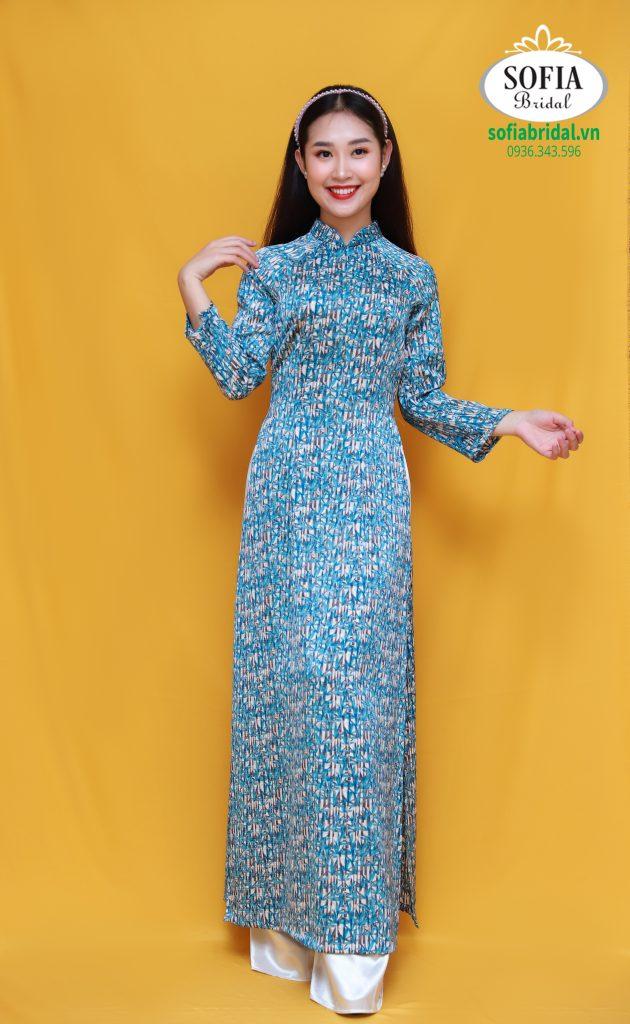 Những mẫu áo dài đẹp mà trẻ trung, mang đến cho người mặc vẻ sang trọng khi diện lên người. SOFIA BRIDAL - Top 5 thương hiệu áo dài đẹp uy tín tại Hà Nội – Hotline 0936343596