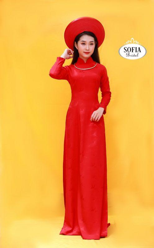 những mẫu áo dài cưới màu đỏ sang trọng quý phái