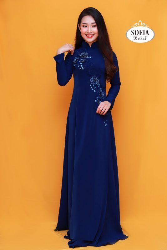mẫu áo dài đẹp dành cho quý bà