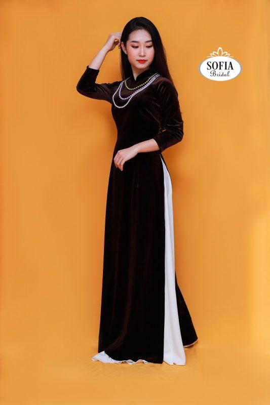 Áo  dài quý bà của Sofia - Phong Cách Hiện Đại, Tinh Tế,