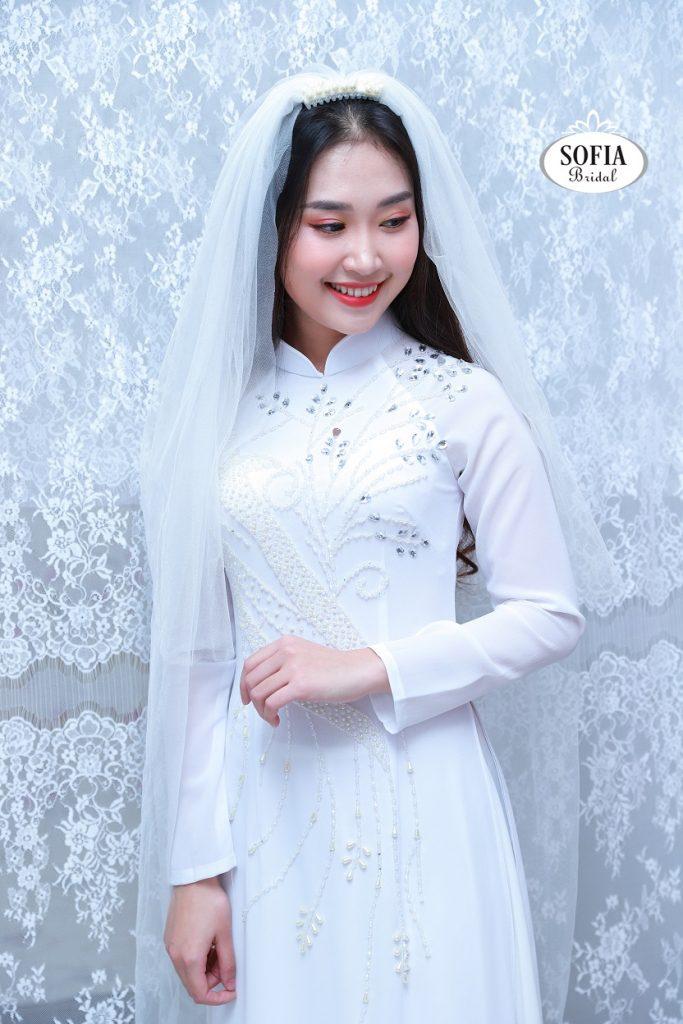 áo dài cô dâu đẹp mùa cưới