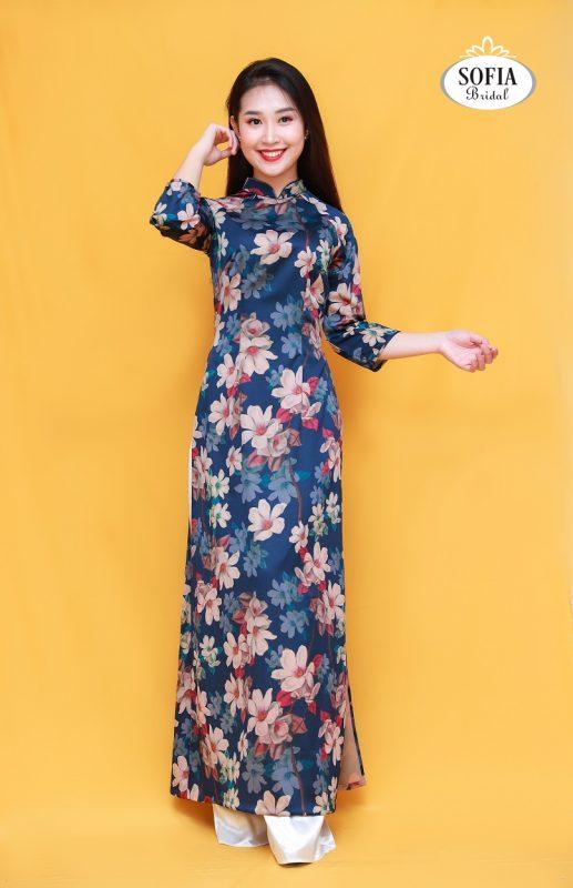 Áo dài quý cô mang phong cách hiện đại