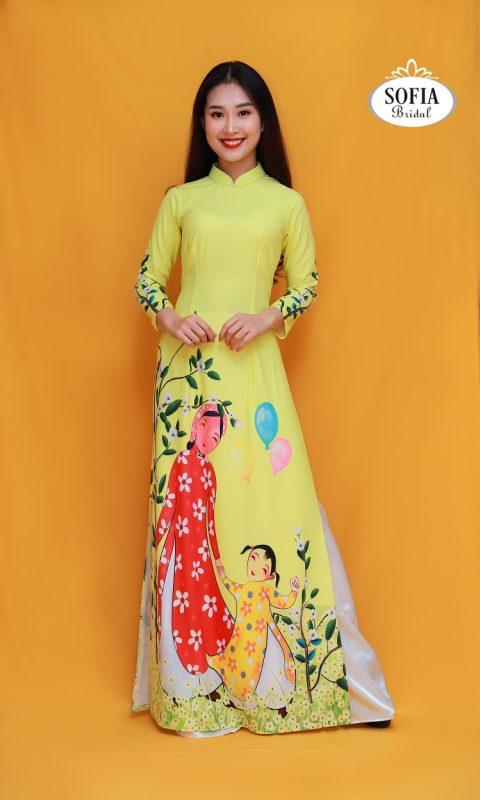 Áo dài màu vàng tượng trưng cho sự trẻ trung và tràn đầy sức sống