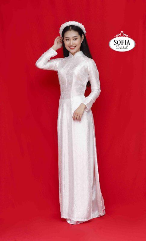 Mẫu áo dài sang trọng - Phong Cách Hiện Đại, Tinh Tế.