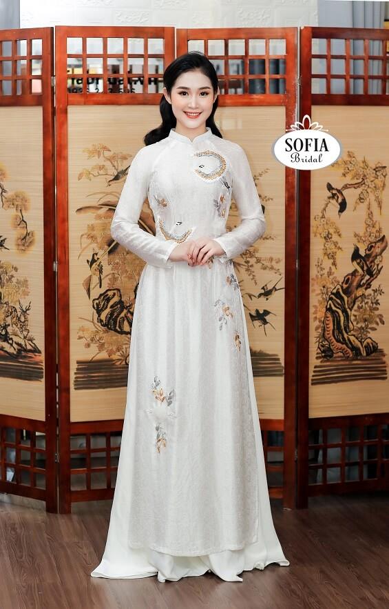 Cho thuê Áo dài cưới, Bán sẵn áo dài cưới, May đo áo dài cưới.